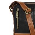 Shoulder Bag de Couro Estonado Alê - Preto/Caramelo | Por Nanda Soares
